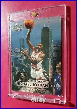 MICHAEL JORDAN 1997-98 Metal Universe #23 ICONIC FOIL CARD (MINT) LAST DANCE