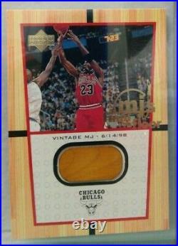 Michael Jordan 2000 Upper Deck MJ'S Final Floor #FF6 Jumbo Authentic Floor rare