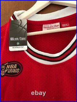 Michael Jordan 23 Chicago Bulls Road Finals 1997-98 Jersey Size XL Limited