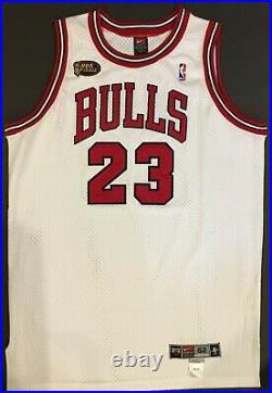 Michael Jordan Chicago BULLS 1997-98 FINALS Autographed Jersey UDA