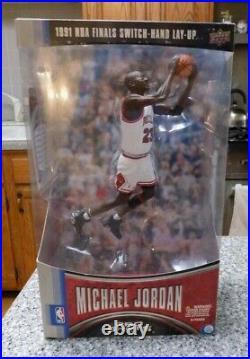 Michael Jordan Pro Shots 1991 NBA Finals Switch Hand Layup Figure! Rare
