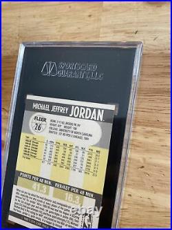 Michael Jordan SGC 8.5 Collector 1990 Fleer #26 Last Dance INVEST Chicago Bulls