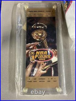 NBA Finals 1998 Locker Box! Chicago Bulls Championship Hat Ticket Towel Bottle