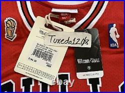 NWT! Mitchell & Ness 1995-96 Finals Michael Jordan Bulls Road Jersey 40 MEDIUM