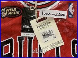 NWT! Mitchell & Ness 1997-98 Finals Michael Jordan Bulls Road Jersey sz40 M
