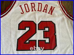 Nike Authentic 8403 MICHAEL JORDAN #23 Chicago Bulls Jersey 48 XL Last Dance