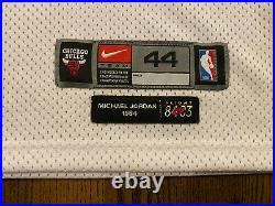 Nike Authentic 8403 MICHAEL JORDAN #45 Chicago Bulls Jersey 44 Large Last Dance