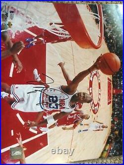 Signed Michael Jordan Beckett Full LOA Autograph Bulls 11x14 Last Dance