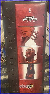 Upper Deck Pro Shots Ultimate Michael Jordan 1998 Finals Last Shot Statue/Figure